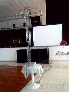 locação de telão e projetor para seu evento  apresente este e ganhe desconto na locação